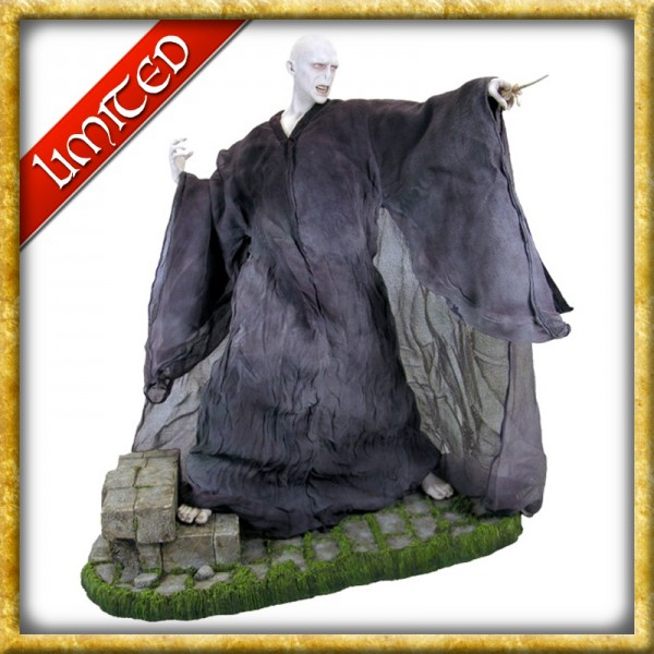 Statue - Lord Voldemort