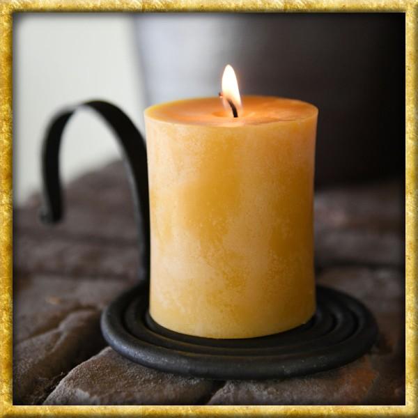 Eingerollter handgeschmiedeter Kerzenleuchter