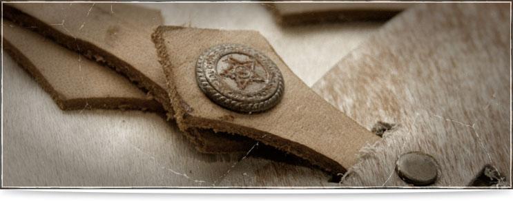Mittelalter Taschen, Gürtel, Fibeln, Armbänder und mehr