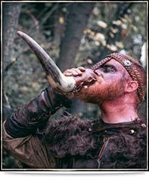 Drinkender Wikinger   Drachenhort