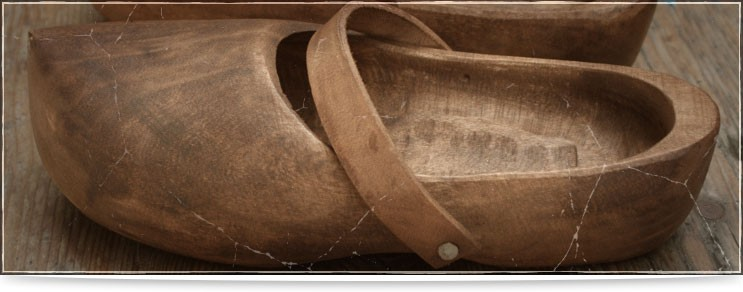Mittelalter Holzschuhe, Trippen & mehr | Drachenhort