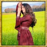 Edles Kleid mit breiter Bordüre - Dunkelrot