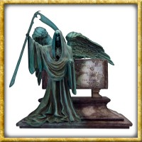 Harry Potter - Statue Riddle Family Grave